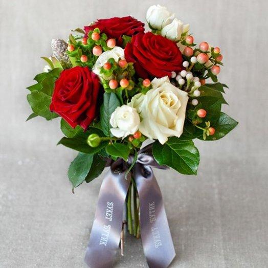 Компактный букет Вена: букеты цветов на заказ Flowwow