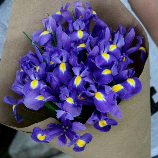 Ирисы maxi: букеты цветов на заказ Flowwow