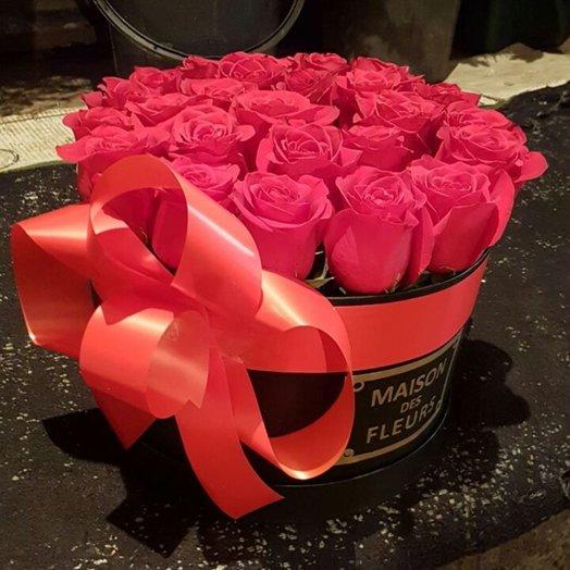 коробка Maison Des F eurs из 31 красных роз