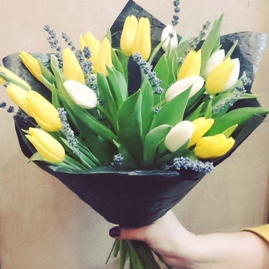 Брутальный красавец: букеты цветов на заказ Flowwow