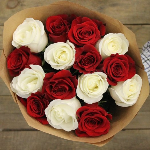 Букет Инь Янь из 15 роз: букеты цветов на заказ Flowwow