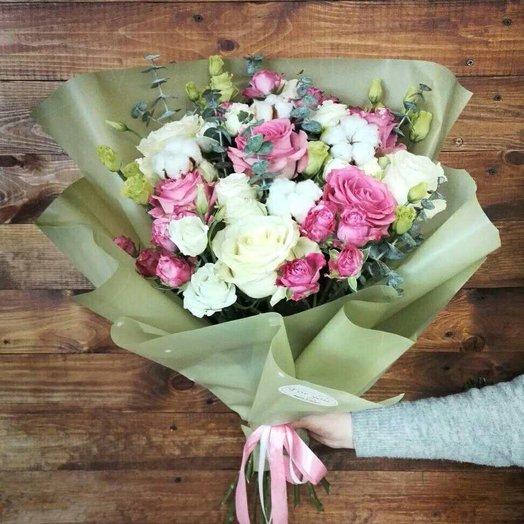 Объемный букет с эвкалиптом: букеты цветов на заказ Flowwow