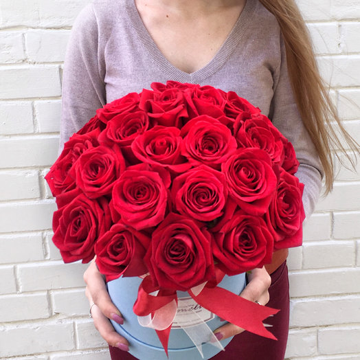 25 роз в коробке : букеты цветов на заказ Flowwow