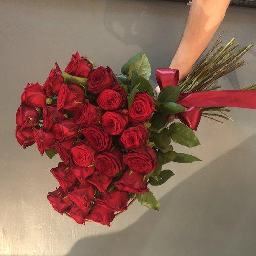 Сердце из роз на каркасе : букеты цветов на заказ Flowwow
