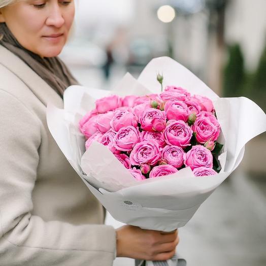 Пионовидные розы в белом: букеты цветов на заказ Flowwow