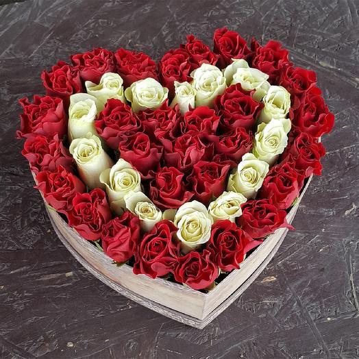 В праздничный день: букеты цветов на заказ Flowwow