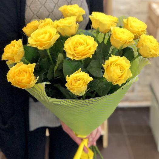 15 желтых роз Илиос 60 см: букеты цветов на заказ Flowwow