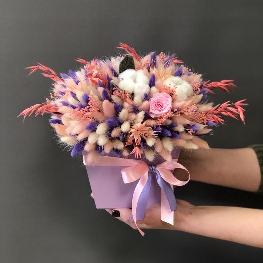 Интерьерная коробочка из сухоцветов: букеты цветов на заказ Flowwow