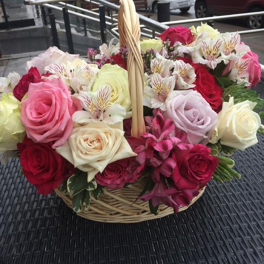 Корзина «Лукреция»: букеты цветов на заказ Flowwow