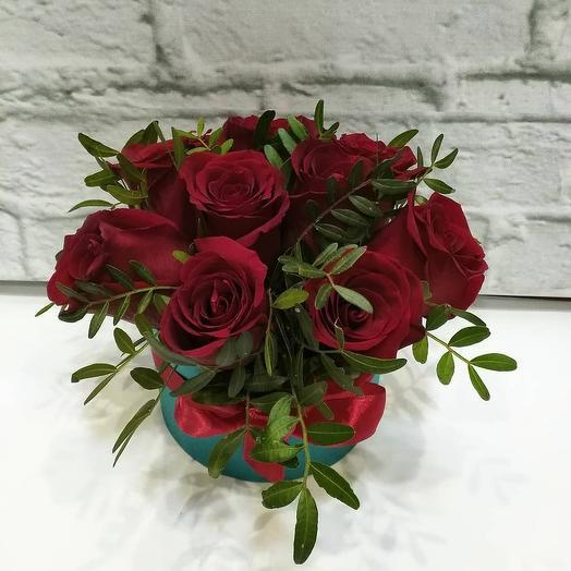 Композиция с розами: букеты цветов на заказ Flowwow