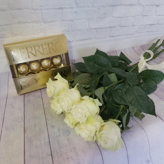 Подарок для любимой: букеты цветов на заказ Flowwow