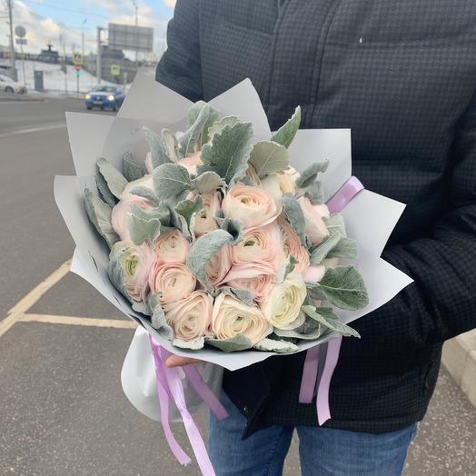 Ранункулюсы Ханой: букеты цветов на заказ Flowwow