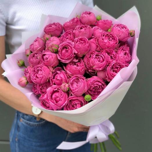 Букет из 15 кустовых пионовидных роз