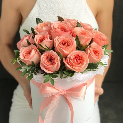 Персиковые пионовидные розы