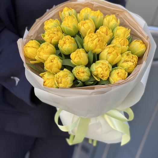 Букет Лучики солнца из желтых пионовидных тюльпанов из 25 шт