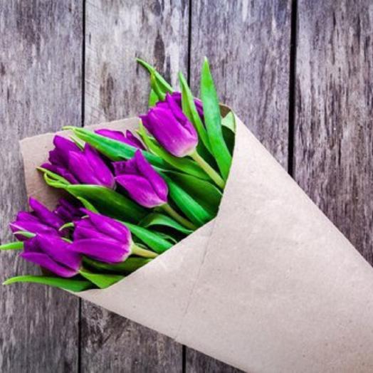 9 сиреневых тюльпанов