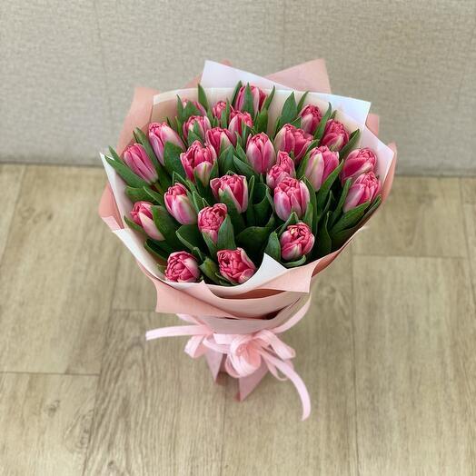 Букет пионовидных тюльпан