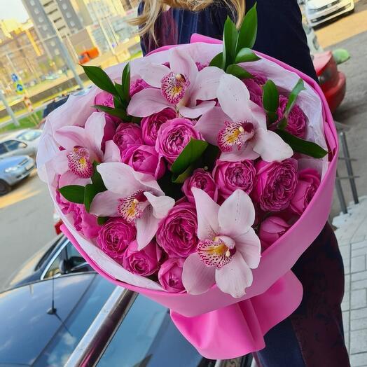 Орхидеи с пионовидными розами