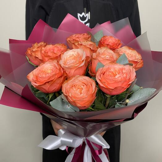 11 роз Кахала в букете