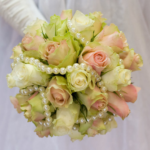 Букет невесты Биатрис: букеты цветов на заказ Flowwow