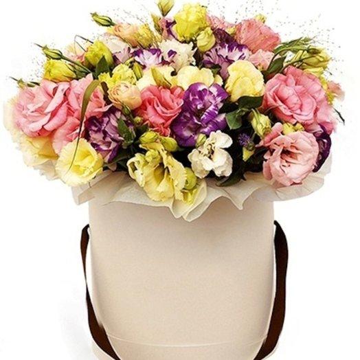 Микс Эустомы в коробке: букеты цветов на заказ Flowwow