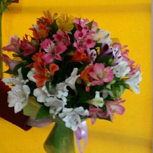 Букет из альстромерий Какая прелесть: букеты цветов на заказ Flowwow
