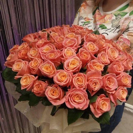 Букет из 61 розы Мисс Пигги