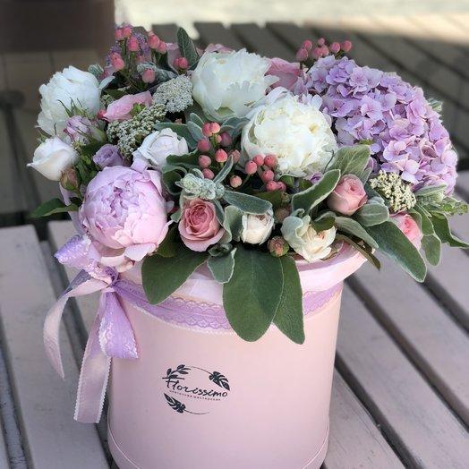 """Букет в шляпной коробке """"Алисия"""": букеты цветов на заказ Flowwow"""