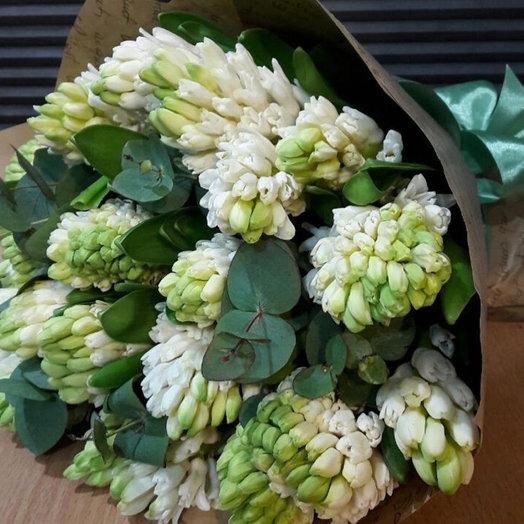 Букет из 25 белых Гиацинтов : букеты цветов на заказ Flowwow