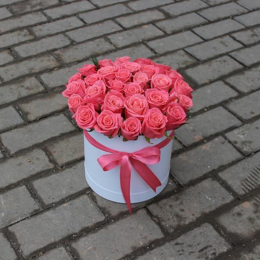 Розы вау в шляпной коробке