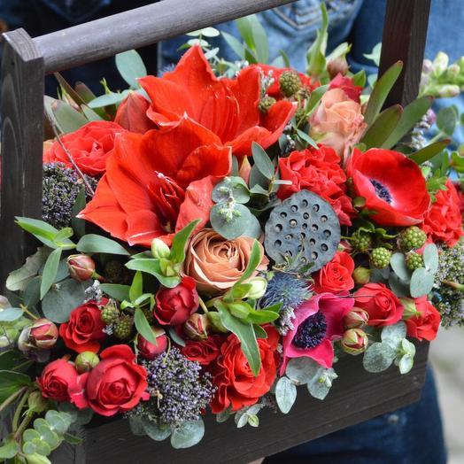 """Ящик из цветов """"Лучший день"""": букеты цветов на заказ Flowwow"""