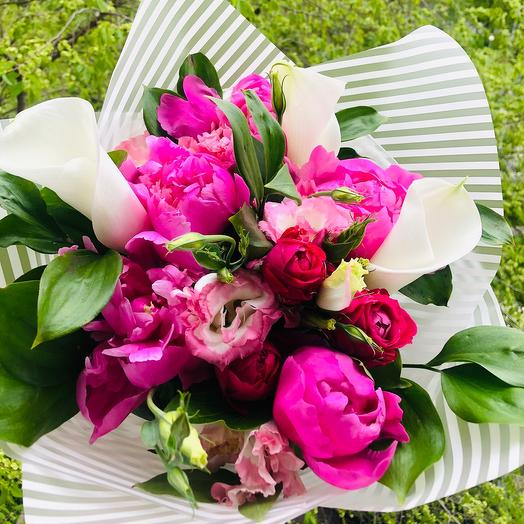 Яркий сборный букет: букеты цветов на заказ Flowwow