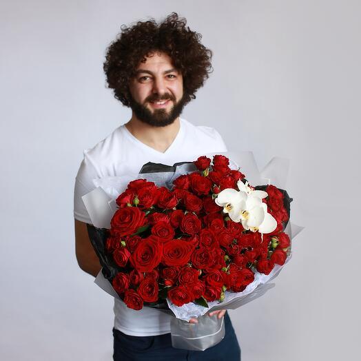 Букет из красных роз 186