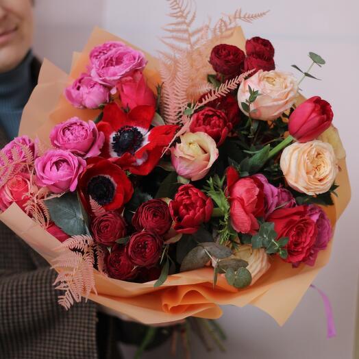 Большой букет с премиальными цветами
