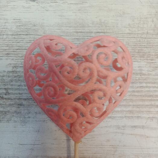 Вставка в букет сердце розовое
