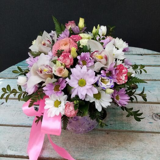 Цветы в коробке солнечный зайчик