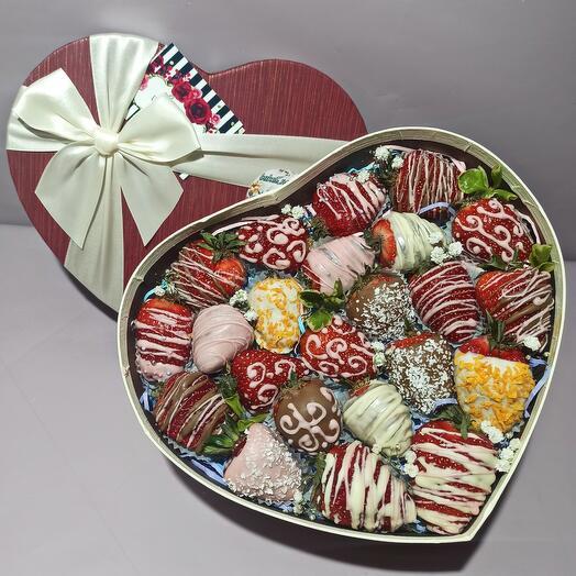 Клубника в шоколаде M