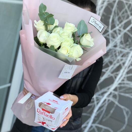 Розы с рафаэлло