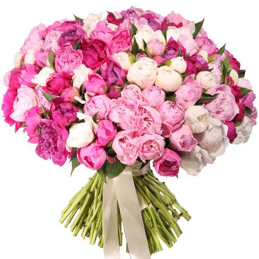 Букет из 101 пиона Ромео и Джульетта: букеты цветов на заказ Flowwow