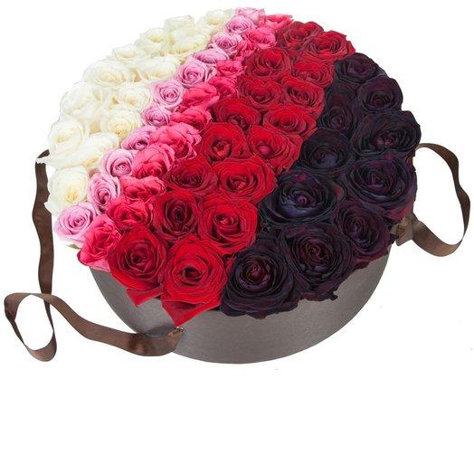 65 роз в шляпной коробке: букеты цветов на заказ Flowwow