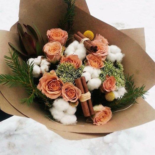 Зимний букет с розой Капучино
