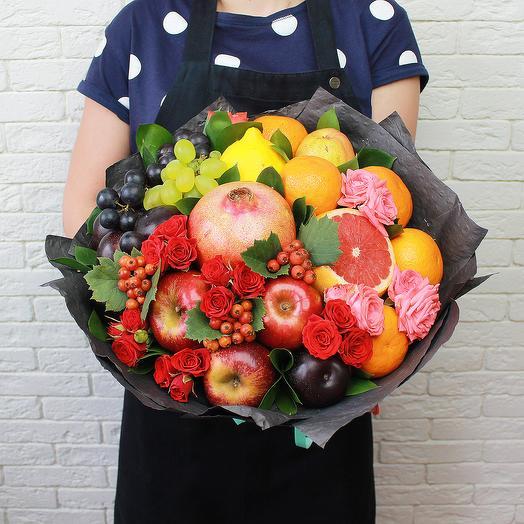 Цветочно - фруктовый букет: букеты цветов на заказ Flowwow