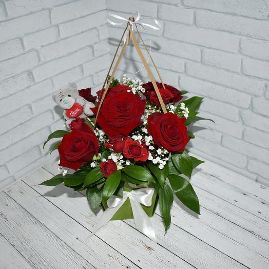 Красный презент: букеты цветов на заказ Flowwow