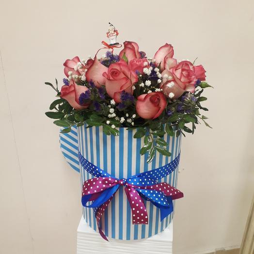 Шляпная коробочка из живых цветов: букеты цветов на заказ Flowwow