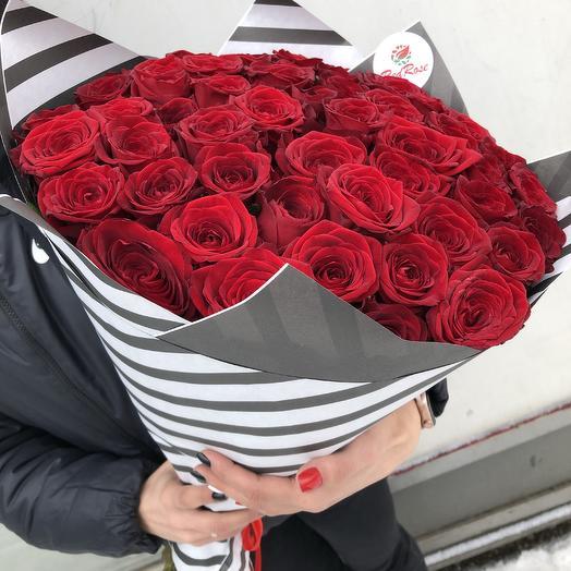 Букет из 51 розы Ред Наоми: букеты цветов на заказ Flowwow