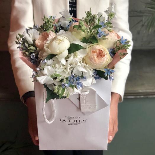 Розы Девида Остина и Оксипеталум: букеты цветов на заказ Flowwow