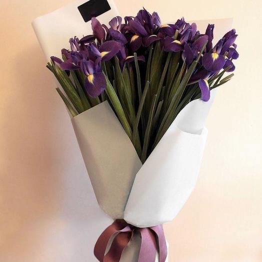 45 ирисов: букеты цветов на заказ Flowwow