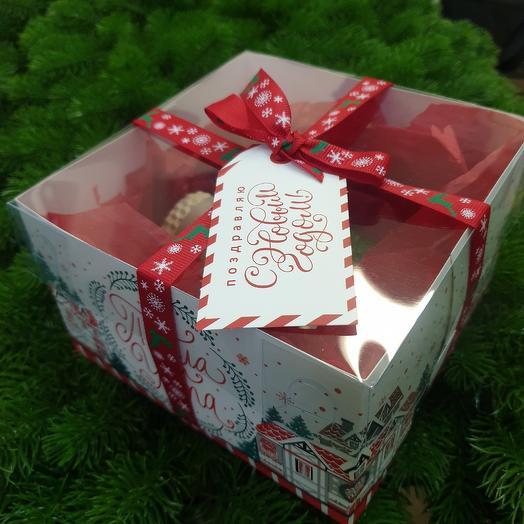 Подарочный набор со свечами: букеты цветов на заказ Flowwow