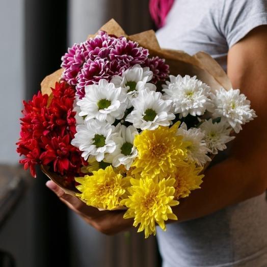 Радужный микс из хризантем: букеты цветов на заказ Flowwow