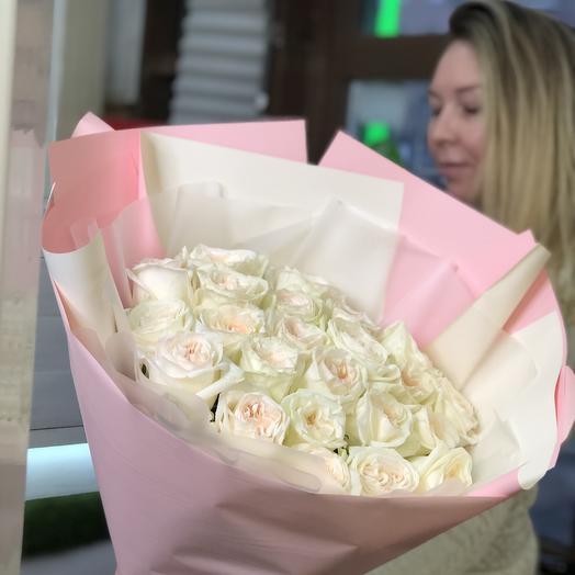 Аромат пионовидной розы: букеты цветов на заказ Flowwow